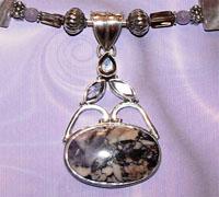 Edelsteen Bertrandiet of Tiffany stone