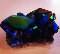 Titanium kwarts edelsteen